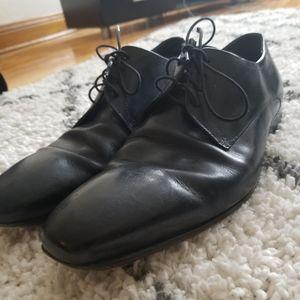 Hugo Boss black dress shoes